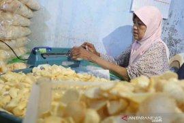 Sahabat UMI bantu pelaku usaha kecil di Bekasi bangkit