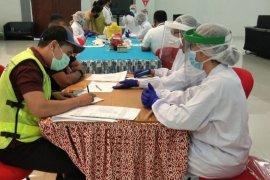 PT Angkasa Pura II lakukan upaya pencegahan COVID-19 bagi  karyawan