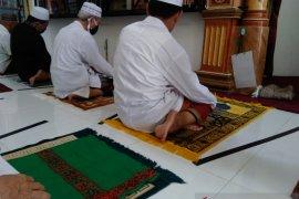 Kaum muslim sambut gembira jumatan mulai kembali