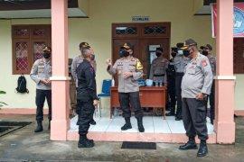 Kapolda Maluku motivasi warga jalani karantina di LPMP Ambon