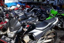 Polres Cianjur tangkap empat pencuri kendaraan bermotor