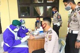 50 personel Ditlantas Polda Aceh jalani rapid test