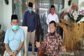 Dua pelaku perjalanan dari Jawa ke Madina reaktif COVID-19