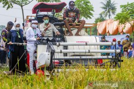 Kunjungan kerja Menteri Pertanian di Karawang