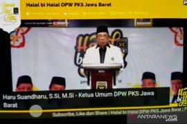 PKS Jabar salurkan bantuan Rp20 miliar kepada warga terdampak COVID-19