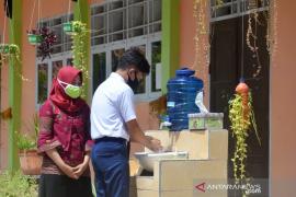 Sekda Gorontalo Utara pantau simulasi normal baru di SMP 2 Kwandang