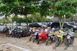 Ditlantas Babel amankan puluhan sepeda motor berknalpot brong