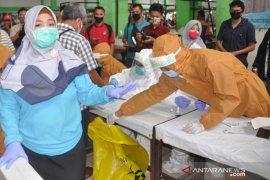 Belitung Timur tes cepat warga di mesjid dan pasar