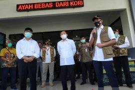 Kemenkes tambah dua alat PCR untuk Kalimantan Selatan tingkatkan pemeriksaan COVID-19