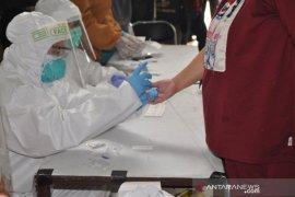Pemkab Belitung Timur Umumkan Delapan Warga Reaktif Hasil Rapid Test