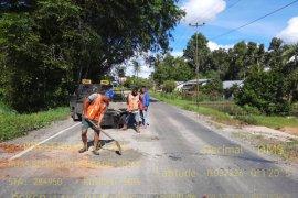 Balai Pelaksana Jalan Nasional respon cepat perbaiki ruas jalan yang rusak di Landak