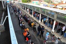 Pemkot Bogor minta KCI dan KAI operasikan KRL secara tepat selama PSBB transisi