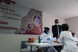 45 karyawan Majalah Femina jalani rapid test COVID-19 dari LKBN ANTARA