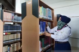 Guru SMAN 1 Kotabaru juara lomba penulisan perpustakaan
