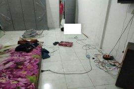 Penemuan mayat dengan kondisi sudah membusuk di dalam rumah hebohkan warga