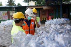 Raih Penghargaan, Penarikan Kembali Sampah Botol Plastik DANONE-AQUA Naik Jadi 12 Ribu Ton