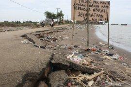 Pemkab Karawang beli 3 hektare lahan untuk relokasi korban abrasi pantai