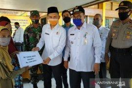 Wabup HST pantau penyerahan BLT-DD Kecamatan Batu Benawa