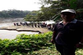 Hendak menangguk ikan, Rudi Hartono warga Ara Condong Langkat tenggelam di Sungai Wampu