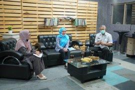 Anggota DPR RI ajak masyarakat peduli bahaya limbah medis COVID-19