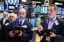 Wall Street ditutup lebih tinggi saat Fed tenangkan kekhawatiran pemulihan
