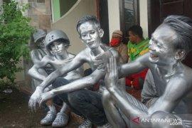 Manusia Silver di Medan kembali terjaring razia