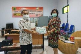 Dukung pencegahan COVID - 19 PT Adaro serahkan 58 ribu masker