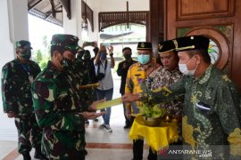 Danrem 091/ASN Silaturahmi ke Kesultanan Koetai Kartanegara Ing Martadipura