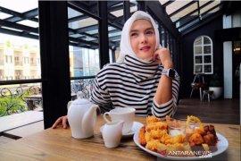 Yuliana guru yang dukung pemasaran UMKM melalui endorse