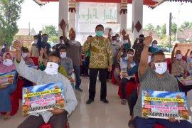 Pemkab Mojokerto salurkan BST bagi keluarga terdampak COVID-19