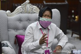 Cara efektifkan ASN di tengah pandemi COVID-19 dari Wali Kota Surabaya Risma