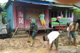 Korban banjir dan tanah longsor Jeneponto dapat bantuan pemerintah