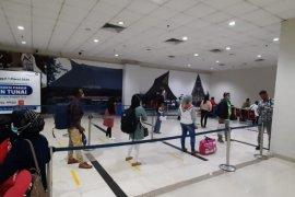 Bandara Kualanamu jalankan protokol kesehatan terhadap penumpang luar negeri
