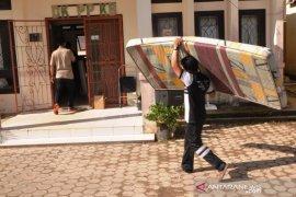 Tiga karyawan bank di Belitung Timur dinyatakan reaktif COVID-19