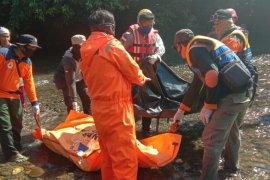 Korban tenggelam longboat karam di sungai Mendalam ditemukan