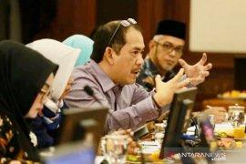 "Anggota DPRD Jabar: Ridwan Kamil ""offside"" terbitkan Kepgub soal pesantren"