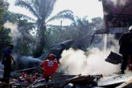 Pesawat TNI AU jatuh diduga menimpa rumah warga