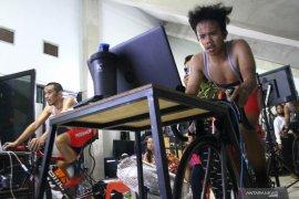 Timnas indonesia ikuti balap sepeda virtual