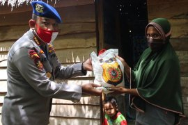 Jelang HUT Bhayangkara, Ditpolairud Polda Aceh bagikan ratusan paket sembako