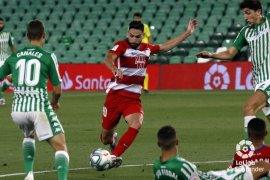 Sevilla kehilangan dua poin di Levante akibat gol bunuh diri
