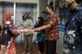 BPN Kota Kediri bagikan 100 sertifikat tanah program PTSL