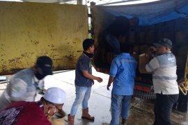 Bersama komunitas, Adaro bagikan ribuan paket Sembako dan masker