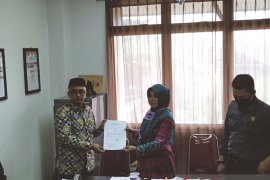 Ahmad Firdaus mundur dampingi Anang Misran maju jalur perorangan di Pilkada Banjarmasin
