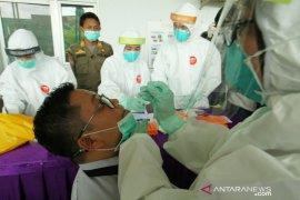254 orang di Pasar Cileungsi Bogor jalani rapid test dan swab test