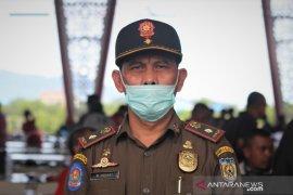 Kawal relokasi pasar, Satpol PP/WH Banda Aceh pagar Pasar Peunayong