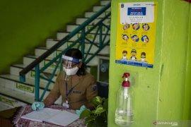 Sekolah menyiapkan infrastruktur pendukung pembukaan sekolah
