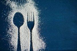 Tiga sendok makan gula harus diimbangi olahraga berapa lama?