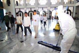 Masjid Al Akbar Surabaya jadi percontohan tempat ibadah era normal baru