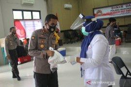 Polres Bangka Barat sumbangkan 50 kantung darah ke PMI