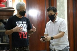 """Hanung Bramantyo """"kulonuwun"""" ke Ganjar syuting Gatotkaca"""